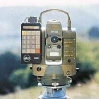 供应电磁波测距仪100台