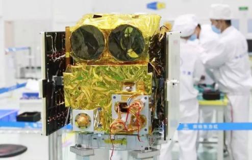 """""""京师一号""""卫星圆满完成南极观测任务"""
