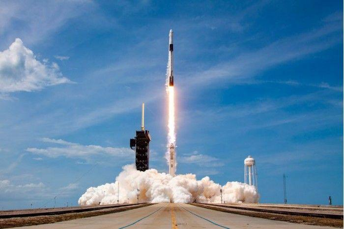 猎鹰9号火箭将第24批60颗星链卫星送入轨道